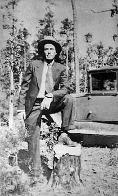 "Marvin ""Buck"" Barrow was a part of the Clyde Barrow gang."
