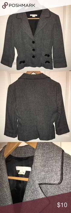 EUC 3/4 sleeves blazer Charlotte Russe S juniors EUC 3/4 sleeves blazer Charlotte Russe S juniors, gray with black piping around collar and velvet feel buttons and bow detail on the 3 faux pockets. Inside back has lining. Charlotte Russe Jackets & Coats
