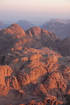 Mount Sinai Egypt, Saint Catherine's Monastery, Fantasy Landscape, Holy Land, Ancient History, Wonders Of The World, The Good Place, Cool Photos, Beautiful Places