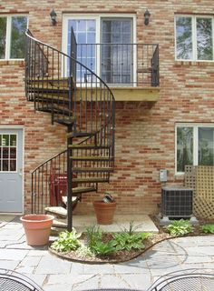 outdoor spiral staircase!