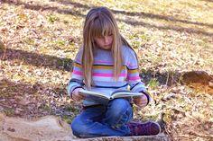 Kinderboeken zijn belangrijk Op mijn blog kun je verschillende reviews lezen van kinderboeken. Kinderboeken zijn belangrijk. Ik vind het leuk om kinderboeken te lezen, maar ook belangrijk dat kinderen boeken lezen, daarom plaats ik de reviews op mijn blog.   #jeugdboeken #kinderboeken #lezen #voorlezen
