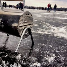 Barbecue on ICE: Alstervergnügen on Hamburg's Alster, a big lake in the centre of this wonderful metropole. Grab a steak?;)