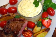 Hemmagjord kall bearnaisesås - Victorias provkök 300 Calorie Lunches, Bernaise Sauce, Vegetarian Recipes, Cooking Recipes, Swedish Recipes, 300 Calories, Summer Bbq, Sauce Recipes, Food For Thought