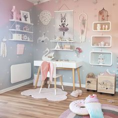 Barnerominspo kids desk space, kid desk, small kids desk, girls bedroom, be Kids Bedroom Designs, Kids Room Design, Kids Desk Space, Kid Desk, Desk For Girls Room, Pastel Girls Room, Girls Bedroom, Bedroom Decor, Bedroom Ideas