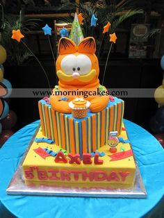 Morning Cakes: Garfield 3 tiers