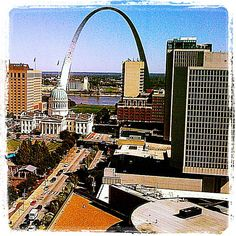 Amazing view of the St.Louis arch from the boardroom #stlouis #missouri #arch