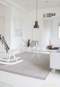 A simple interior of white and grey. Living Room Inspiration, Interior Inspiration, Ikea, Contemporary Interior Design, Simple Interior, Minimalist Interior, White Rooms, Scandinavian Home, Living Room Interior