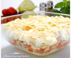 Sałatka warstwowa z kurczakiem i serkiem feta Polish Recipes, Polish Food, Coleslaw, Food Design, Healthy Desserts, Love Food, Potato Salad, Cabbage, Food And Drink