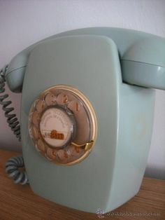 Hello powder blue rotary phone.  I have a little telephone alcove in my 1950's apartment where you could live.