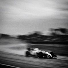 Photos With Old Camera Photographer Shoots Formula 1 With Camera, And Here's The ResultPhotographer Shoots Formula 1 With Camera, And Here's The Result Black And White Prints, Black And White Aesthetic, Black Doberman, Fire Photography, Old Cameras, Formula 1 Car, Travel Photos, Around The Worlds, F1