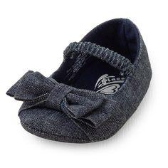 Even the tiniest fashionista needs a not-so-basic denim flat! ohhhhhhhhhhhh cute  #bigbabybasketsweeps
