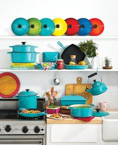 We're loving Le Creuset's stylish cookware collection. These beauties are just what you need to bring a bold burst of Spring color to your kitchen.