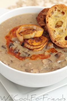 Not Your Average Cream of [Fresh] Mushroom Soup - served with roasted garlic crostini and beet root salad : willcookforfriends Soup Recipes, Vegetarian Recipes, Cooking Recipes, Free Recipes, Recipies, Dinner Recipes, Creamed Mushrooms, Stuffed Mushrooms, Dried Mushrooms