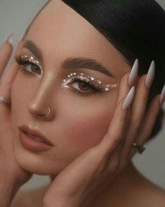 Edgy Makeup, Makeup Eye Looks, Eye Makeup Art, Cute Makeup, Pretty Makeup, Skin Makeup, Beauty Makeup, Angel Makeup, Elegant Makeup