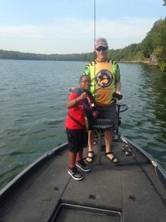 Team Nashville Bassmasters taking our kids on a great fishing trip!