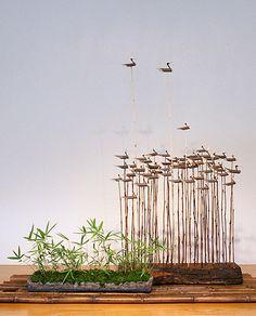 More Great Art from Our National Museum Bird Sculpture, Sculptures, Korean Crafts, Diy And Crafts, Arts And Crafts, Little Free Libraries, Wooden Bird, Korean Art, Autumn Art