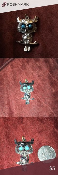 Silver tone owl pendant Silver tone owl pendant, never used Jewelry