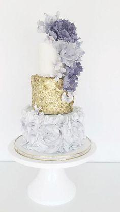 Featured Wedding Cake: Jenna Rae Cakes; https://jennaraecakes.com; Wedding cake idea.