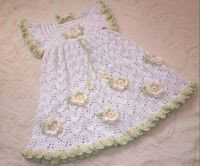 Tina's handicraft : white dress with flower