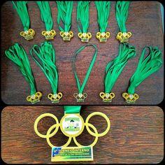Saindo direto do forno!! Medalha em acrílico para o 6 Torneio Interno da Escolinha de Futsal Brasileirinho #cortealaser #lasercut #lasercutting #lasercuttingacrylic #cmcortealaser #medalha #acrilico #futsal by cmcortealaser