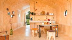 03-wikkelhouse-casa-compacta-movel-papelao