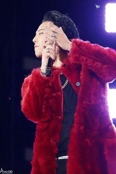 170122 G-Dragon - BIGBANG 0.TO.10 THE FINAL in HK