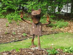 Recycled Metal Yard Art | Vintage Log Cabin: Pics from the cabin