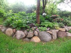 Photo of Landscape Designs - Omaha, NE, United States. Fieldstone boulder walls: Natural and beautiful Landscaping With Boulders, Stone Landscaping, Outdoor Landscaping, Front Yard Landscaping, Outdoor Gardens, Landscaping Ideas, Texas Landscaping, Luxury Landscaping, Landscaping Company
