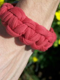 Made by Me. Shared with you.: Chunky Braided Bracelet Tutorial