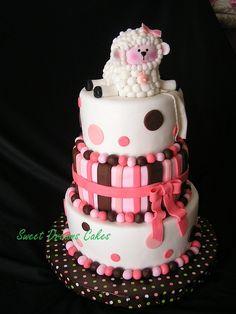 Baby shower sheep cake.