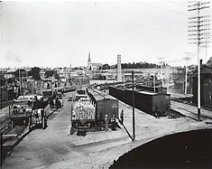 GTR freight yard at Ottawa at the Chaudiere after 1905 when it bought the CA Railway Canadian Forest, Ottawa Valley, Capital Of Canada, Canadian History, Ontario, Paris Skyline, Trains, The Past, Street View
