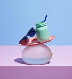 BonLook Photography: Nik Mirus, Set Design: Oliver Stenberg love the idea of organising still lives but do not like the pastel colours, i could create still lives that are much more dark and moody, Pastel Photography, Still Life Photography, Photography Ideas, Still Life Photos, Still Life Art, Design Set, Composition D'image, Bon Look, Niklas