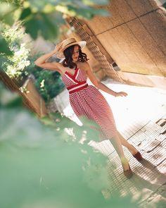 Photos Tumblr, Aesthetic Photo, Summer Looks, Stripe Print, Photography Poses, Fasion, Women's Fashion, Celebrity Style, Strapless Dress