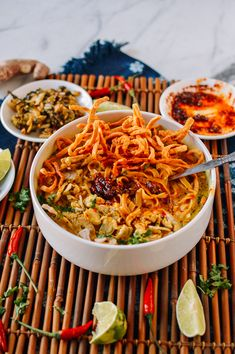 Learn how to make chicken khao soi, a coconut curry noodle soup recipe hailing from Northern Thailand, Myanmar, and Laos, with both chewy & crispy noodles! Thai Chicken Noodles, Crispy Noodles, Wonton Noodles, Curry Noodles, Asian Noodles, Chicken Soup, Thai Coconut, Coconut Chicken, Coconut Curry