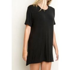 NWOT Brandy Melville Black Suede Dress S New Without Tags- shift dress. Suede. Super comfortable, great LBD. Pair with cute boots and you're ready to go! ✌️ Brandy Melville Dresses