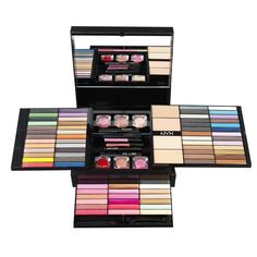 Trusa make up NYX Beauty To Go doar pe http://www.makeup-shop.ro