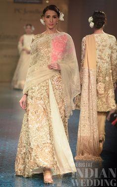 mizwan-fashion-show-manish-malhotra