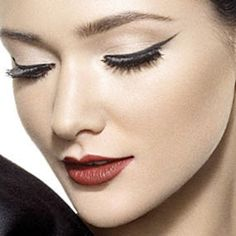 How to Apply Make-up
