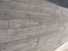 Concrete wall of wood - this effect for front path?