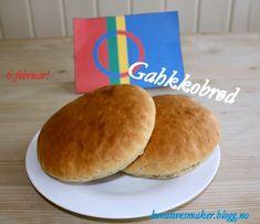 Hvilken dag er det idag? Det er 6.februar! Det vil si Samefolkets dag! Gratulerer med dagen :) Fo... Hamburger, Pancakes, Baking, Breakfast, Blogging, Food Food, Morning Coffee, Bakken, Pancake