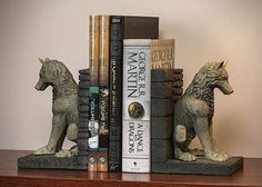 Game of Thrones Stark Direwolf Bookends