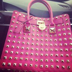 Michael Kors purse pink http://michaelkorsqueenbiz.blogspot.com/