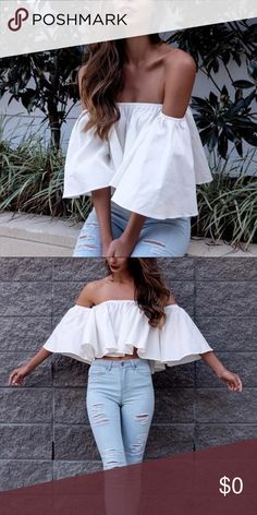 •coming soon• Boho Off Shoulder Crop Top - White. Please comment if interested, and I will tag you when this item arrives  •Content + Details• *Crop fitted *Butterfly sleeve *Polyester and cotton material  •Fitting Measurements• Small: Bust: 70-110cm Length: 30cm  ▪️Shipping : I typically ship 1-2 days (excluding Sunday) after a purchase has been made Tops Blouses