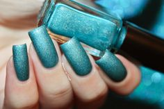 Swatch of a teal holographic franken nail polish by diamant sur l'ongle