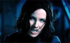 female awesome meme: females in a movie → Selene (Underworld) ↳ This is a new war and it's only beginning. Underworld Cast, Underworld Selene, Kate Beckinsale Hair, Underworld Kate Beckinsale, Rhona Mitra, Pride And Glory, Girl Bye, Vampire Girls, Frank Frazetta