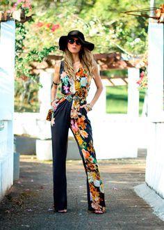 Jumpsuit floral - Blog Decor e Salto Alto  #ootd #lookdodia #darkfloral