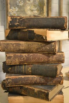 wonderful vintage books, perfect gap fillers/book ends on bookshelves! Even if you never open them!