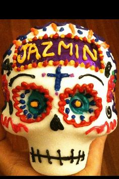 Sugar skulls are made and used for decorating altars. Often, the name of the deceased is painted on the forehead. | 29 Breathtaking Día De Los Muertos Photos