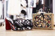 Video e foto dal backstage del Fashion Show Dolce & Gabbana, Collezione Donna Autunno/Inverno 2017-18. Scopri i retroscena della sfilata su Dolcegabbana.it.