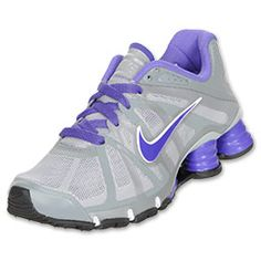 Nike Shox Roadster Kids' Running Shoes feature a Hyperfuse upper with the traditional four column Shox setup under the heel. The shoes have a tiny pocket under the insole for your Nike+iPod kit to connect with. Sport the latest and greatest with these kids' shoes!